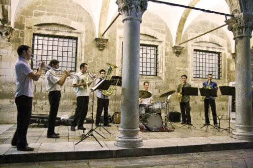 Enterntainment-Dubrovnik-Brass