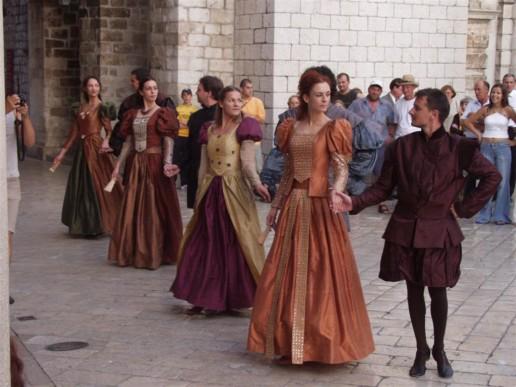 Enterntainment-Dubrovnik-Dancers
